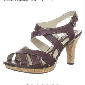 Naturalizer N5 Comfort Dhani Strappy Sandal. Sz 8